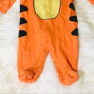 Disney One Pieces - Disney Baby Tiger Long Sleeve Body Suit!